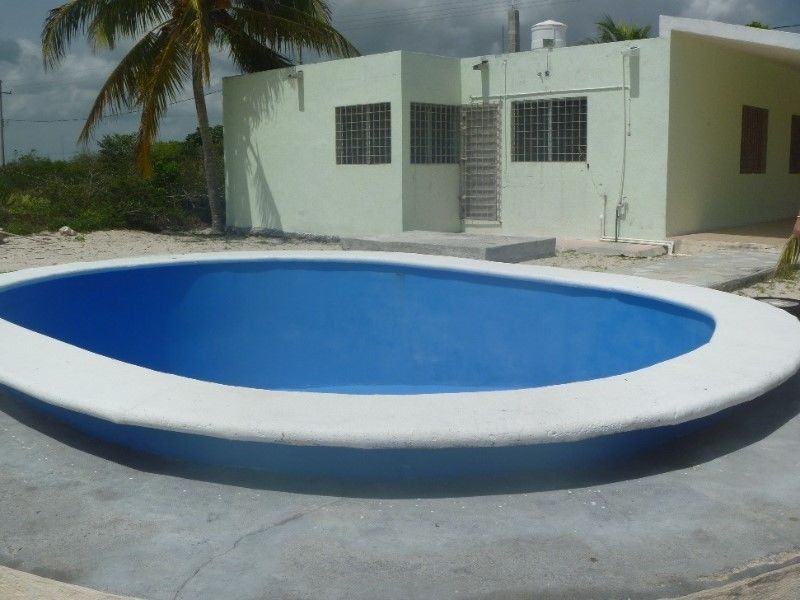 Beautifull beach house with pool close to the beach in Chixculub