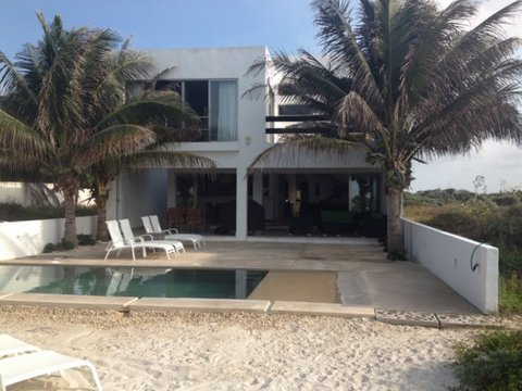 Amazing beachfront pool home San Benito